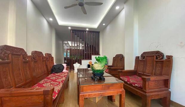 Bán gấp căn nhà Nguyễn Viết Xuân, 46m2, 5 tầng, mặt tiền 4m, giá 6.8 tỷ